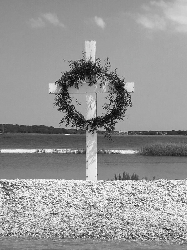 wreathed cross